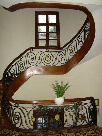 Hotel Majestic Saigon : Art Deco meets Nouveau