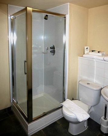 The Pyewipe Inn: Welcoming bathroom