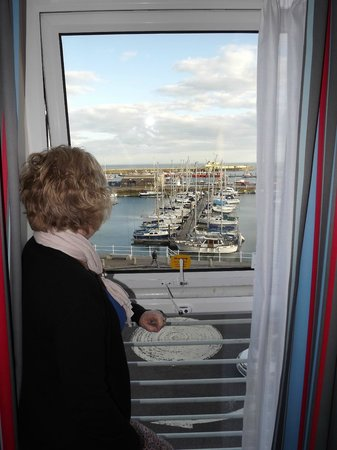 Travelodge Ramsgate Seafront: Looking out over the harbour