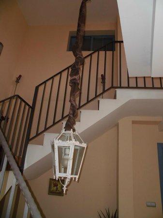 Hotel Conde de Cárdenas: escalera