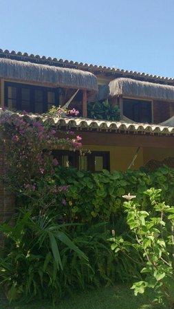 Privillage Praia: Vista externa dos apartamentos c/ vista para o jardim