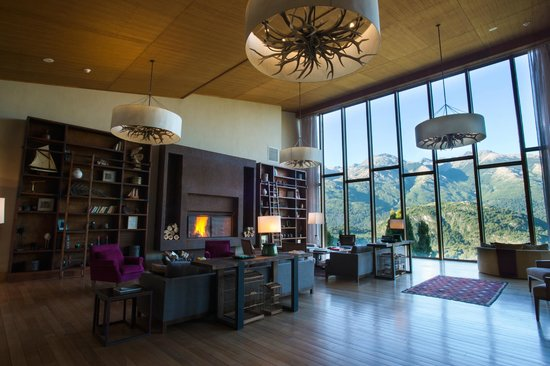 Uman Lodge Patagonia Chile: LOBBY