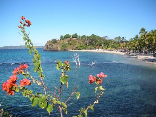 Andilana Beach Resort: Mare spiaggia relax vista dal Pily Pily
