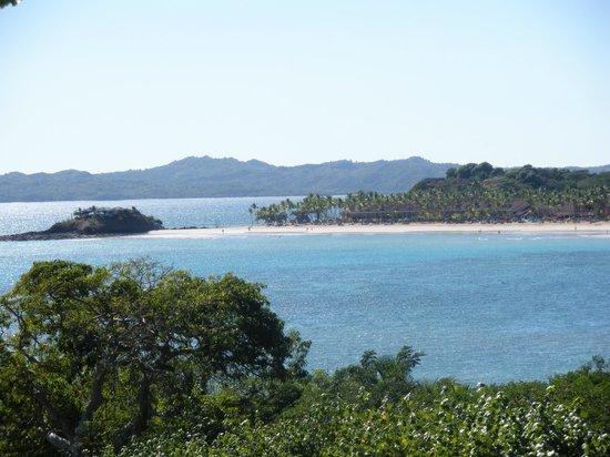 Andilana Beach Resort: Vista spiaggia Andinala - isoletta ristorante Pily Pily