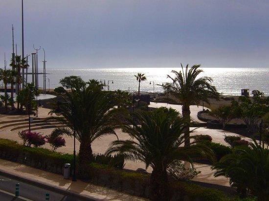 Hotel Lanzarote Village: View from bedroom
