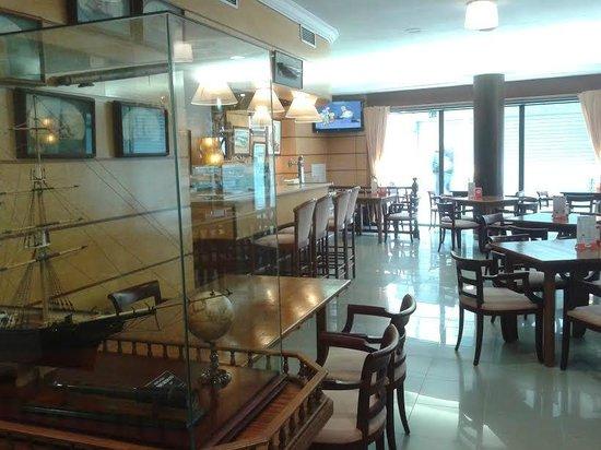 Hostal d'Es Trajo: Cafetería