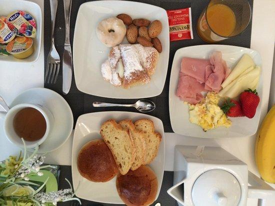 Artemisia Palace Hotel: desayuno