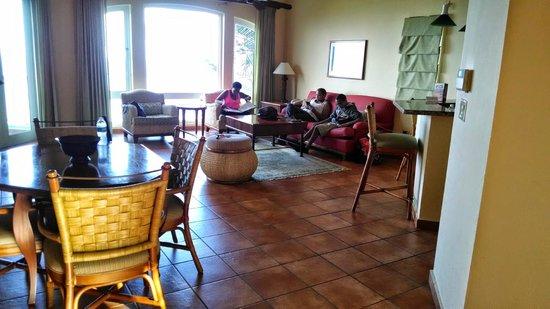 Las Casitas Village, A Waldorf Astoria Resort : living rm