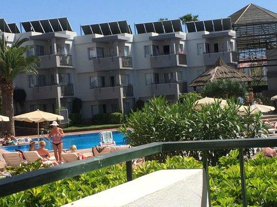 HG Tenerife Sur Apartments : Trevligt och Gemytligt, vi hade 2 trevliga veckor och var så nöjda att vi bokat 3veckor till.
