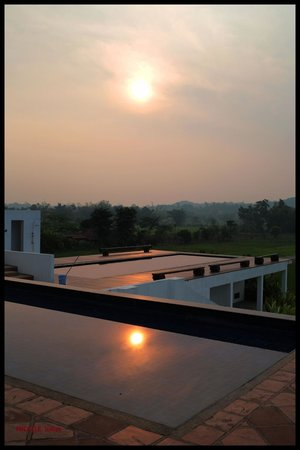 Manee Dheva Resort & Spa : lever du soleil