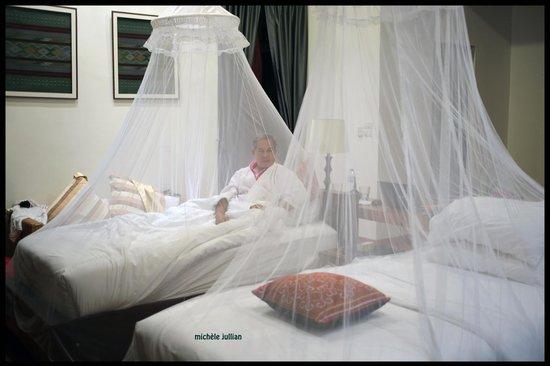 Manee Dheva Resort & Spa : Intérieur chambre.