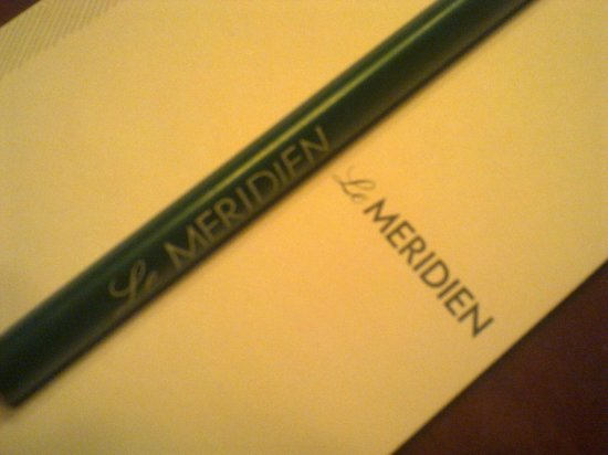 Le Meridien Pyramids Hotel & Spa: A pencil and a note holding the Hotel's name