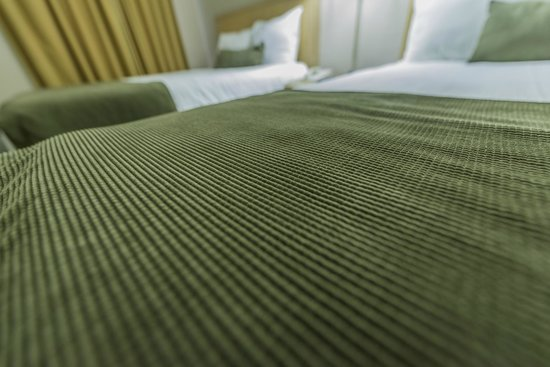 Howard Johnson Downtown Kamloops: New Beds and Linen