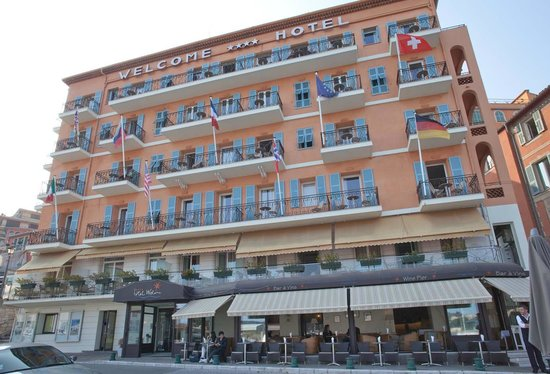 Hotel Welcome : Hotel Exterior