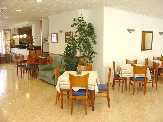 Geminis Hotel: comedor