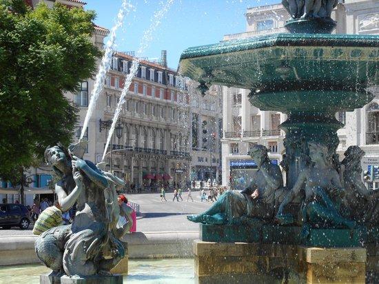 Hotel Avenida Palace : L'hôtel depuis la place Place PEDRO IV