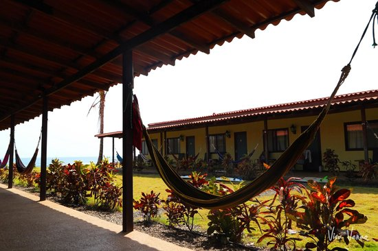 Beach Break Surf Camp and Hotel Playa Venao: Hammock time!