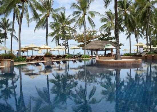 Katathani Phuket Beach Resort: Pool