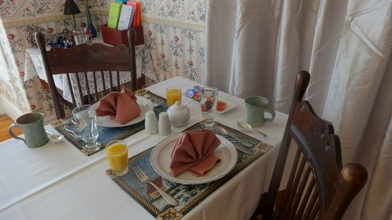 Jubilee Cottage Inn: Excellent food and service