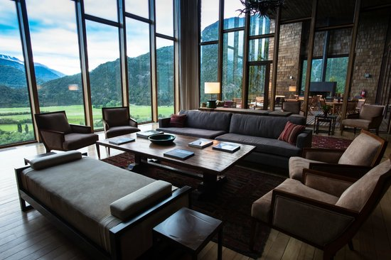 Uman Lodge Patagonia Chile : LIVING