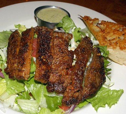 The Timberhouse Restaurant: Blackened prime rib steak salad with cajun seasonings