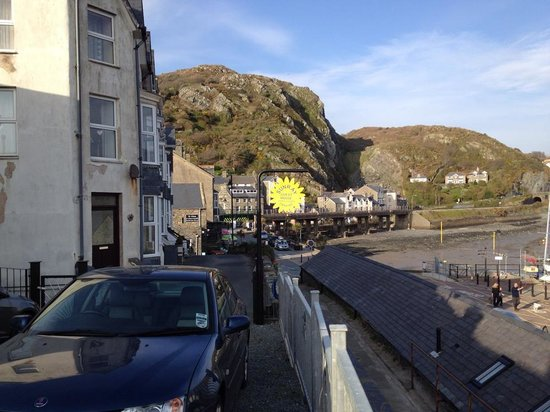 Sunray Guest House: Barmouth Harbour