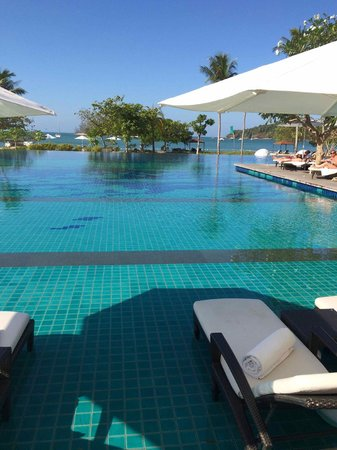 The Danna Langkawi: large infinity pool with lightly salted water