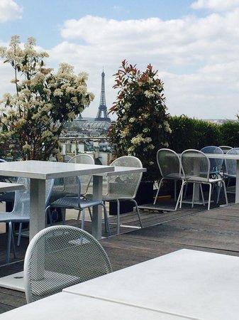 Printemps : Terraza con vistas a la Torre Eiffel
