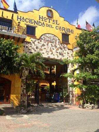 Hotel Hacienda del Caribe: von vorne