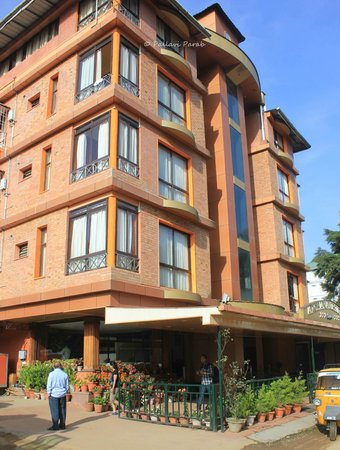 Archana Residency Munnar: Hotel building