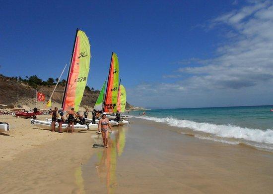 Club Jandia Princess Hotel: Beach at the Hotel