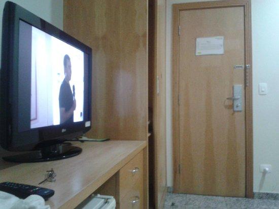 Hotel Domani: Tv do quarto
