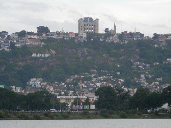 Hotel Carlton Antananarivo Madagascar: Vista deTana!