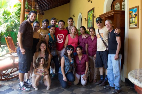 Casa Xanadu: My family and friends with Casa Xanadú team. I'm glad we met them. :)