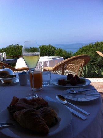 Vila Joya: Frühstück