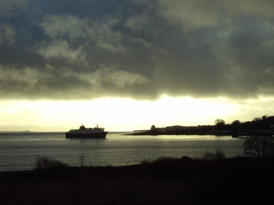 Isle of Mull Hotel & Spa: another ferry arriving at Craignure