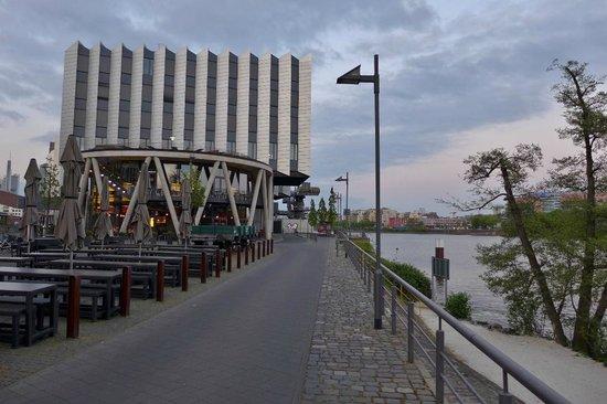mainstrand bild von restaurant druckwasserwerk frankfurt am main tripadvisor. Black Bedroom Furniture Sets. Home Design Ideas