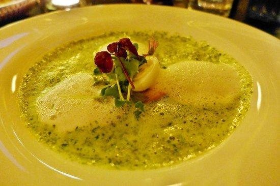 Restaurant Druckwasserwerk: 7- Kräuter-Suppe