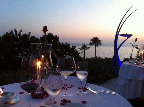 Vila Joya : Das Restaurant. Einmalige Aussicht auf den Ozean
