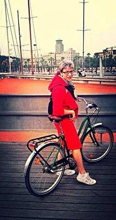 Baja Bikes Barcelona: Sightseeing in Barcelona