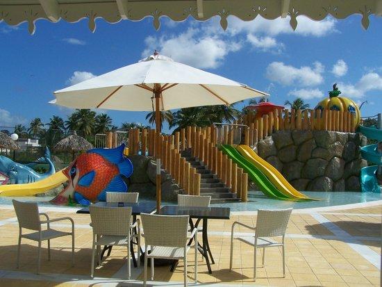 Grand Bahia Principe El Portillo : La piscine du parc aquatique pour les enfants