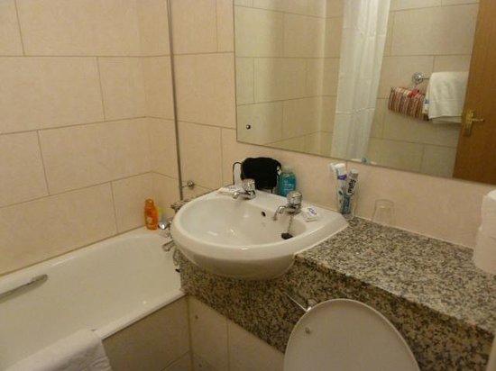 President Hotel : salle de bain (sommaire)