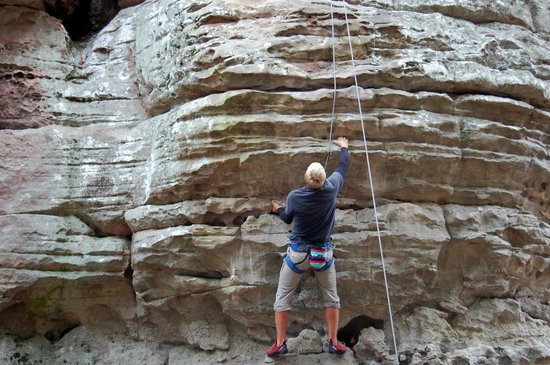 Cherokee Rock Village : Rock Climbers come for all over the Southeast