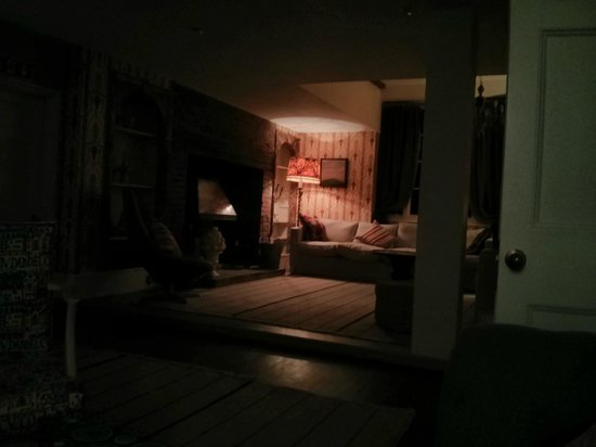 The Old Rectory: The lounge