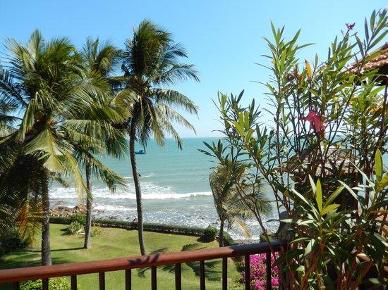 Victoria Phan Thiet Beach Resort & Spa: beautiful beach