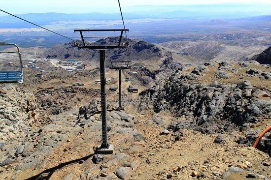 Whakapapa Ski Area - Mt Ruapehu: Going down the chairlift