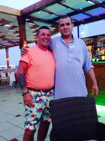 Sunrise Diamond Beach Resort : Ahmed..... Such a great guy who clearly loves his job & making people happy!! Good man!!!