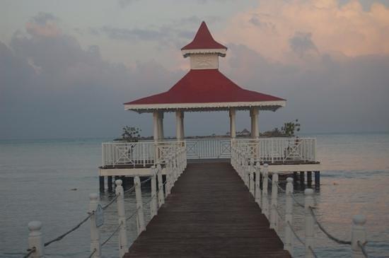Luxury Bahia Principe Bouganville Don Pablo Collection : dock