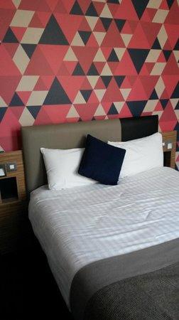 Cityroomz Edinburgh : Double room with ensuite