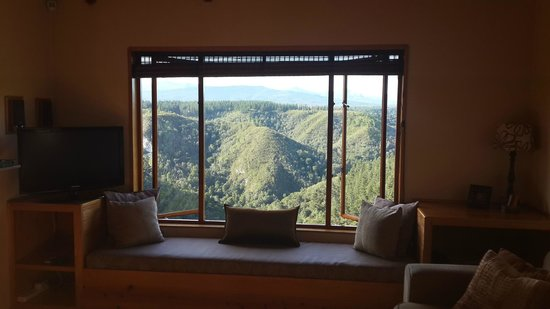 Cliffhanger Cottages: View from the Lounge - Breathtakingly beautiful